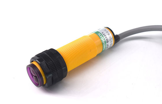 China High Durability IR Photoelectric Sensor IP67 Protection Structure Infrared Light 660nm distributor