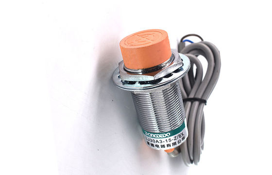China High Durability Inductive Proximity Sensor Switch IP67 Protection Structure factory