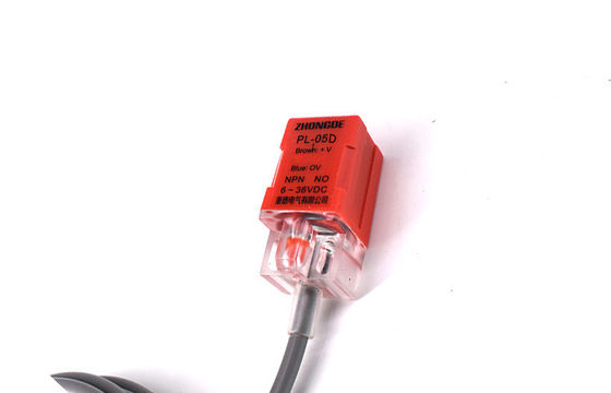 China Red Color Normally Open Proximity Switch With Multiple Protection Function factory