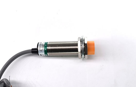 China Watertight M18 Inductive Proximity Sensor Strong Environmental Resistance factory